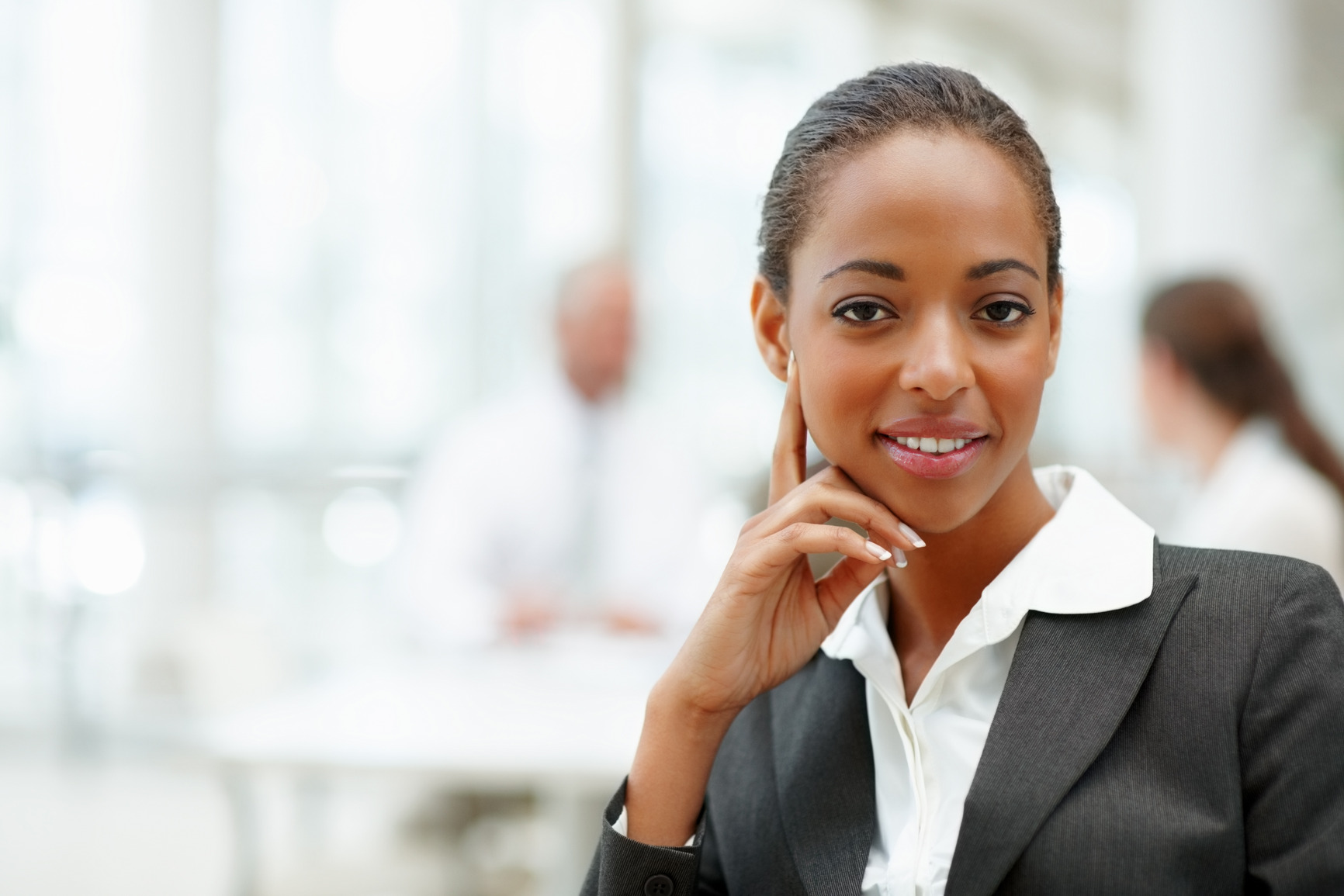 photodune-187505-a-smiling-young-african-american-business-woman-m